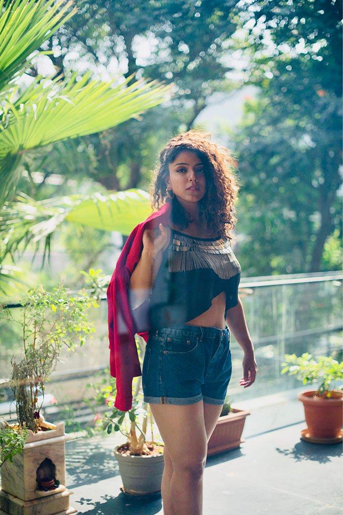 Actress Deviyani Sharma Photoshoot (11)