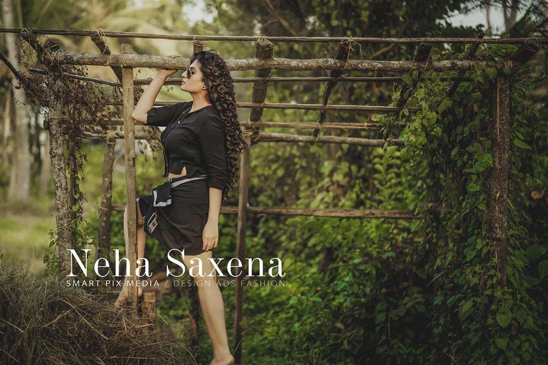 Neha-Saxena-Photos-2