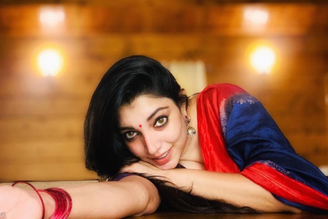 Rithu-Manthra-Photos-7