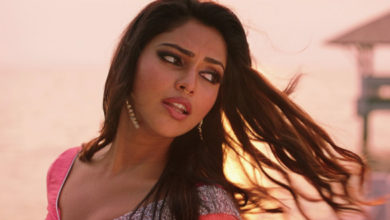 Photo of Amala Paul Hot Video Song at Bhaskar Oru Rascal