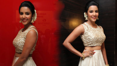 Photo of Malayalam Actresses Priya Anand Photos